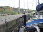 Schleuse - Yachtcharter Schweden & Mitsegeln, Yacht-Charter Göteborg, Bareboat Stockholm