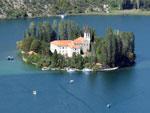 Die Klosterinsel Visovac - Yachtcharter Schweden, Mitsegeln Schweden